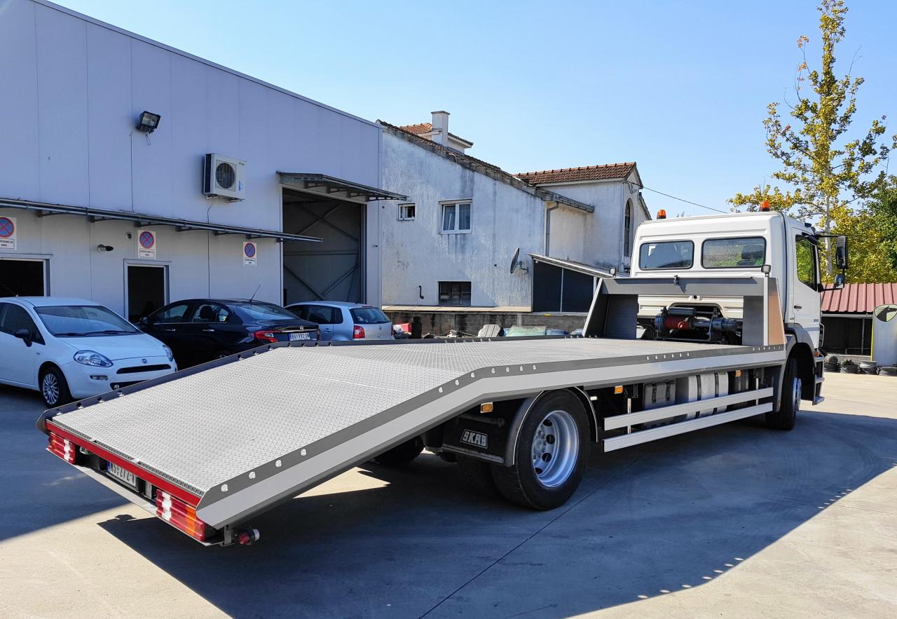 Mercedes Benz Axor 1824L