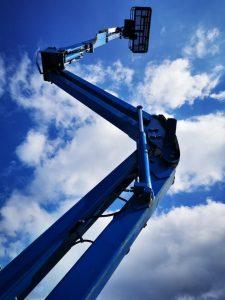 zglobna dizalica za rad na 16m visine